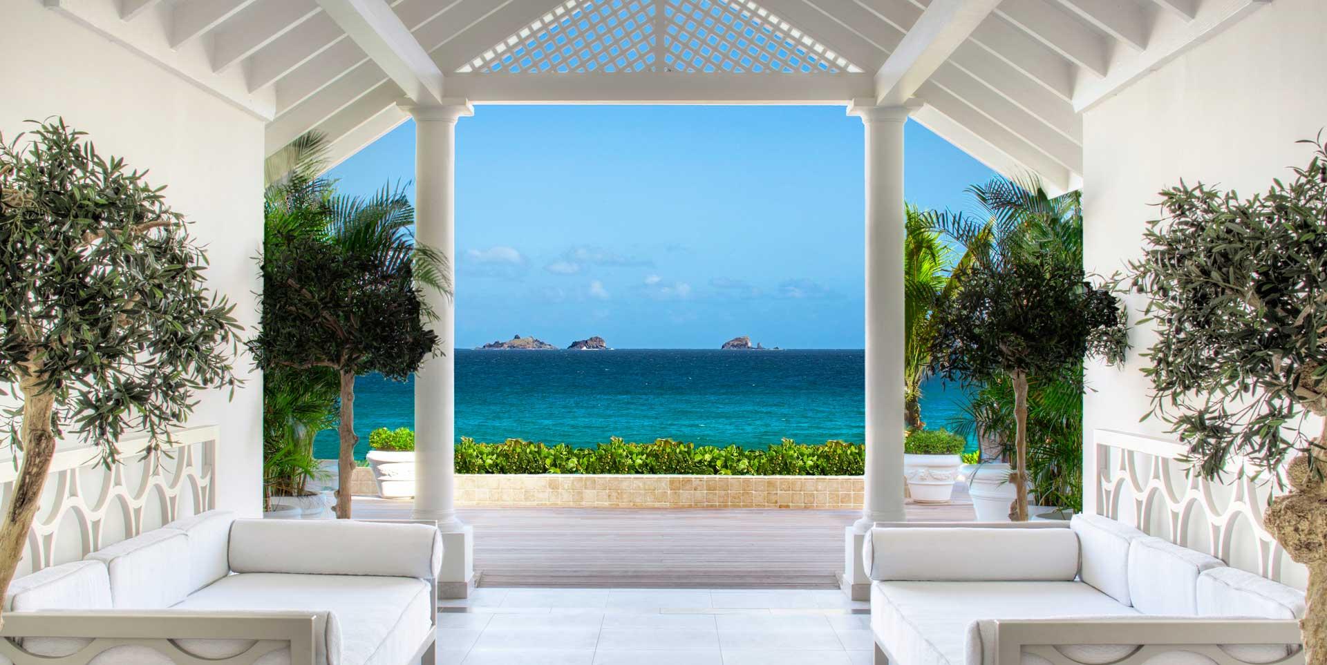 Luxury Travel Agency Img