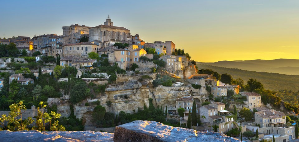 Gordes,-one-of-the-most-bea.jpg