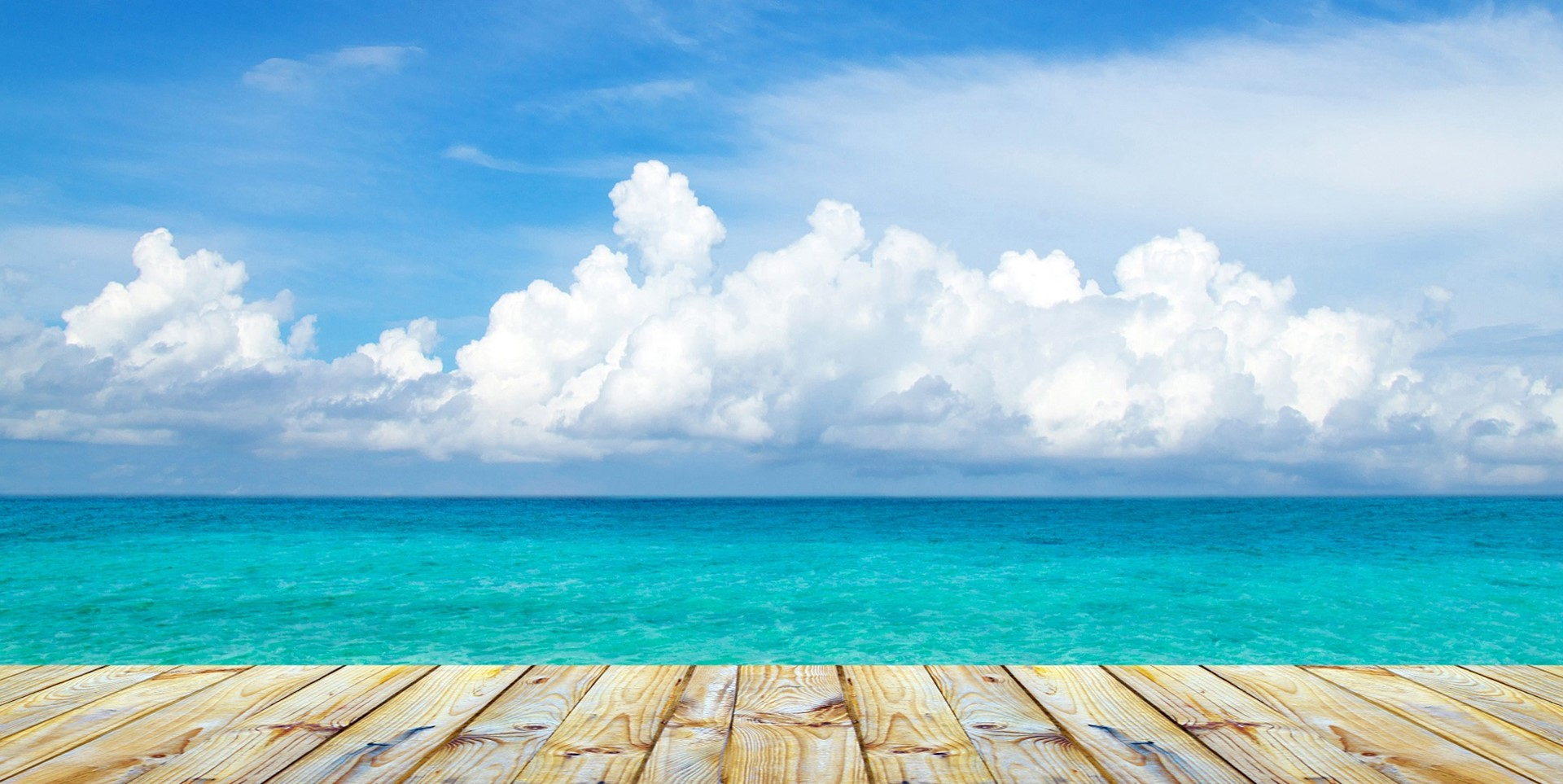Tropical Island Beach Ambience Sound: Sandpiper Beach House