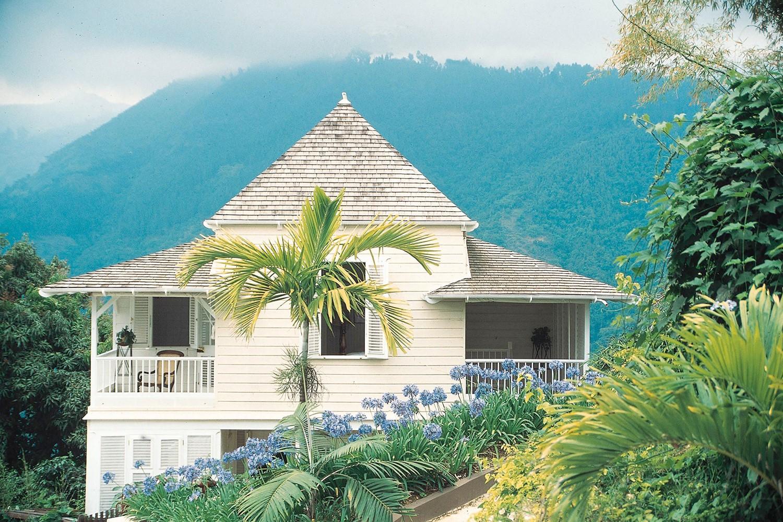 Strawberry hill hotel luxury hotel jamaica for Hotel luxury jamaica