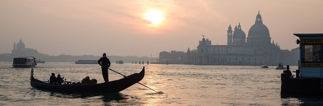 Top 8 Reasons to Visit Venice in the Chillier Months!