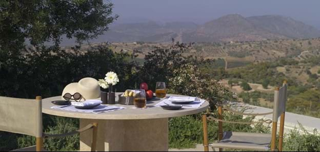 rs589_amanzoe-private-din.jpg