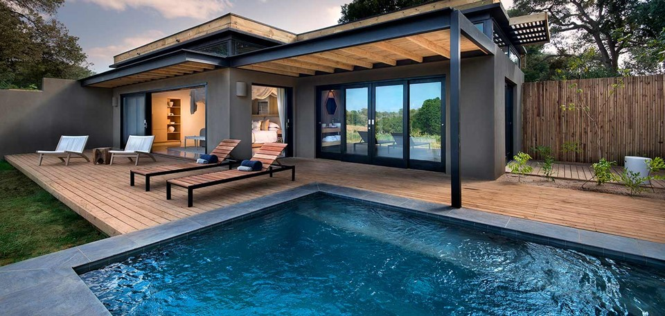 river_lodge_pool_luxury_holiday_south_africa.jpg