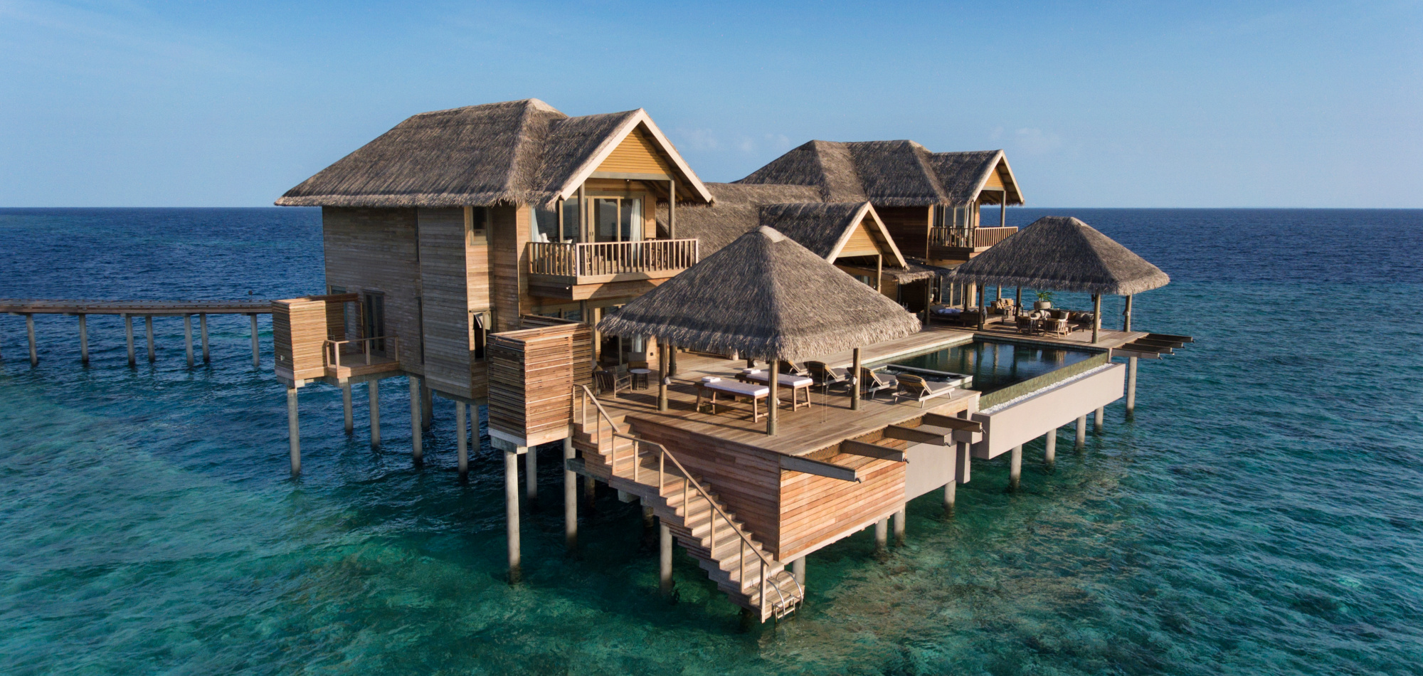 Luxury water villa Vakkaru Maldives