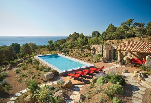 Captivating Corsica – fly off to a secluded retreat!